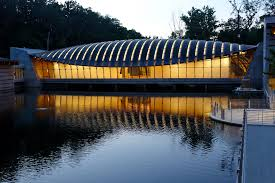 Crystal Bridges: The Colors of The World